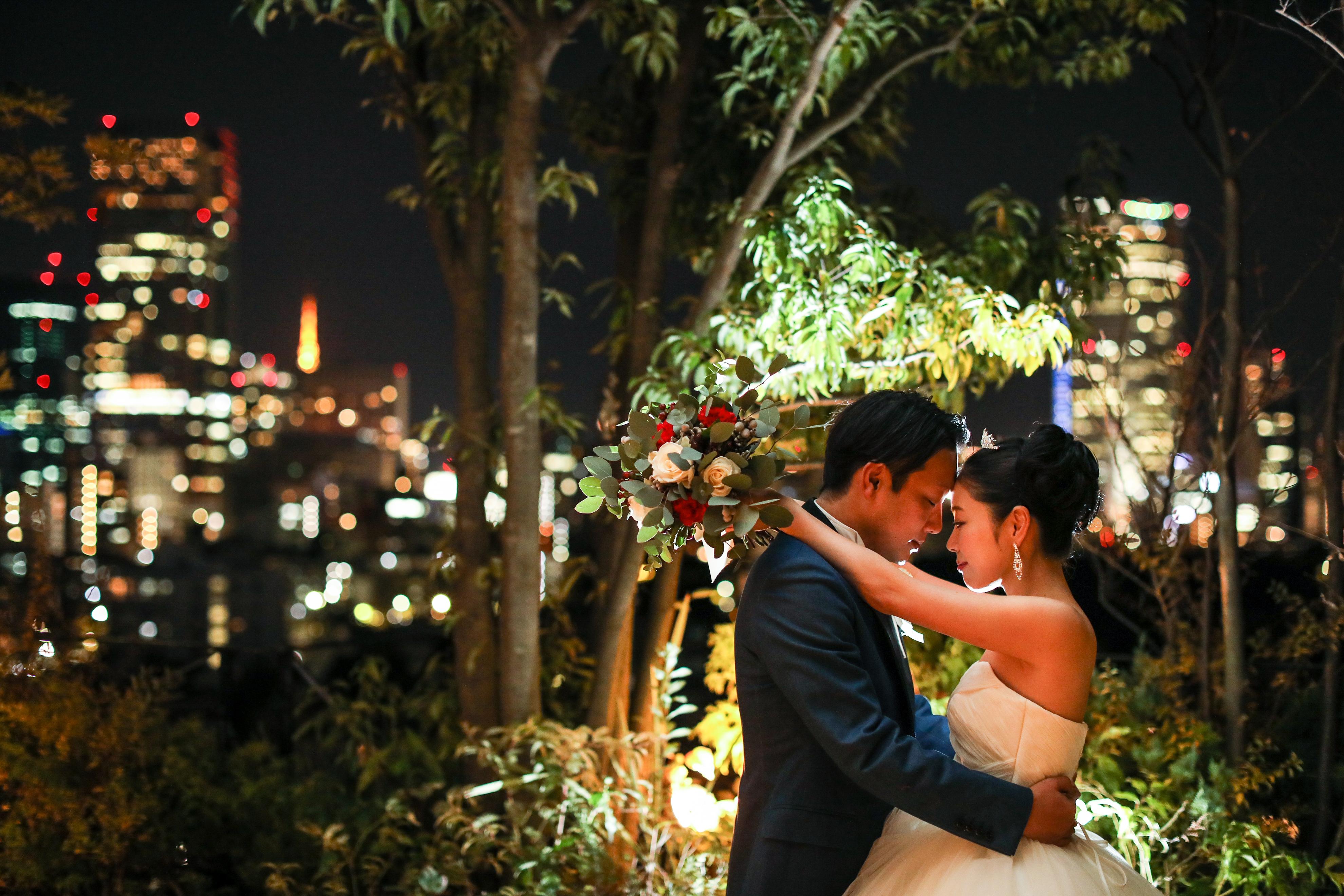 ケアンズ挙式後、クリスマスカラーを取り入れたパーティーを「葉山庵Tokyo」で