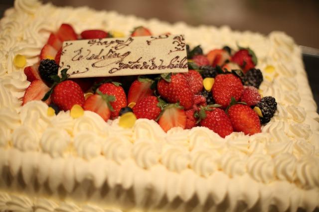 ウェディングケーキ,生ケーキ,苺,フレッシュ,会費婚