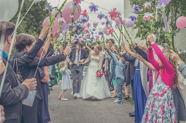 wedding-1571443_640