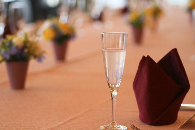 結婚式での友人スピーチで感動を呼ぶ秘訣は?!失敗しないマナーと文例まとめ