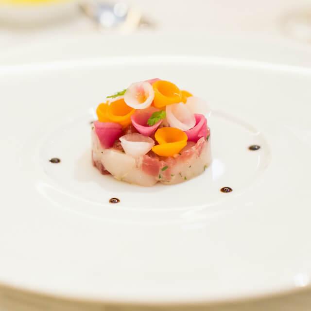 サーモンタルタルと彩り野菜のグレッグ