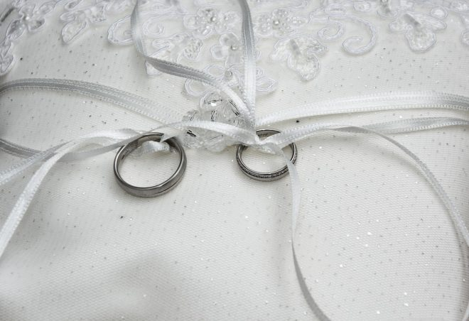 wedding-rings-1578187_1280